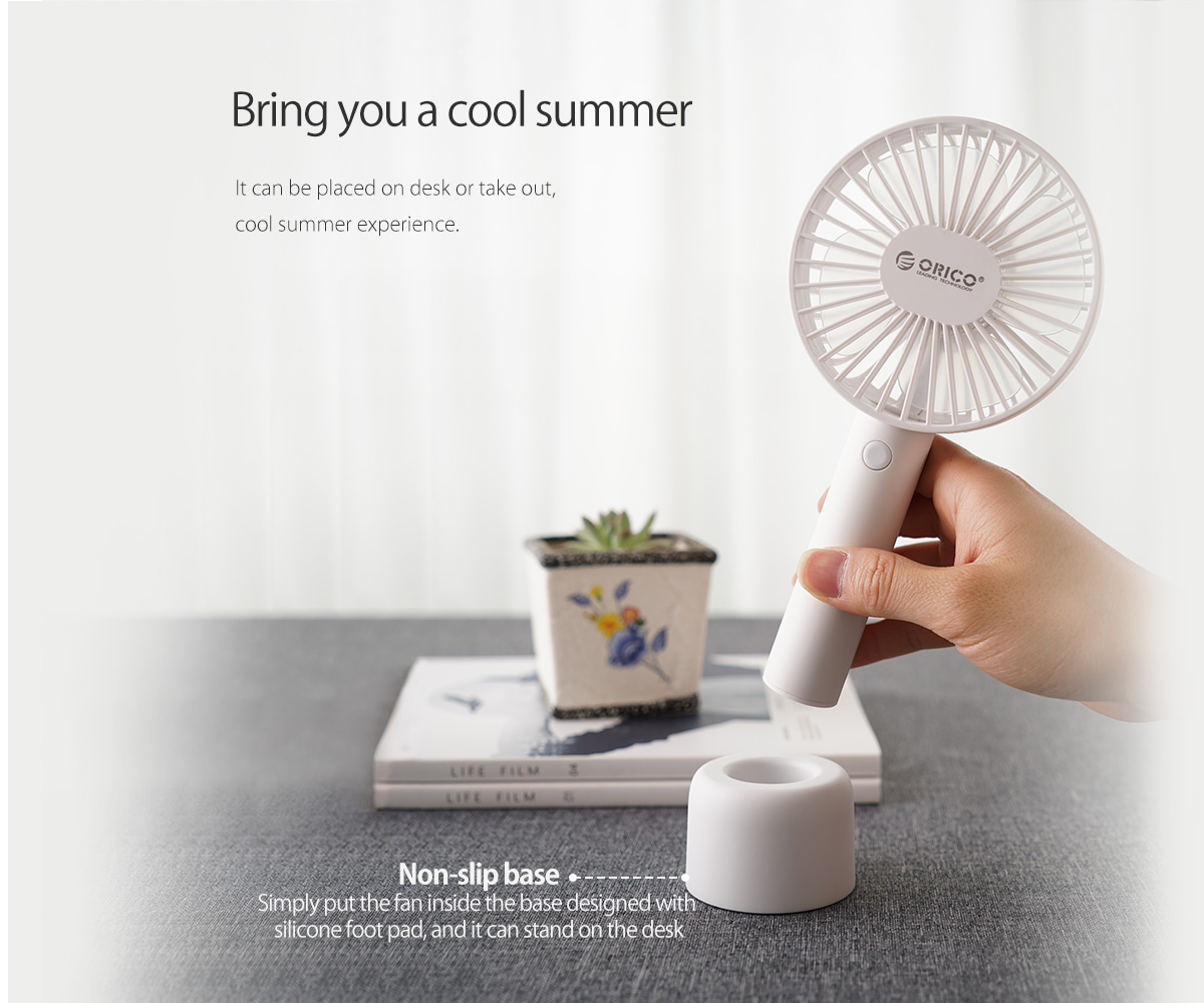the desk fan can bring you a cool summer